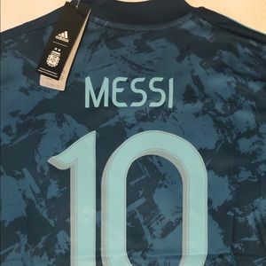 Lionel Messi #10 Argentina Jersey - XL